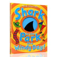 刮�L的日子里公�@里的��~ �M口英文原版�L本 洞洞�� Shark in the Park on a Windy Day!