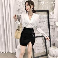 时尚套装女早春新款韩版缎面褶皱V领衬衫气质长袖衬衣+半身短裙子