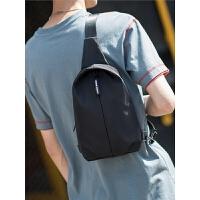 斜挎包男士包包小背包单肩包时尚学生胸包