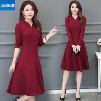 秋装新款长袖中长款蕾丝连衣裙女士冬季加厚气质修身显瘦打底裙子