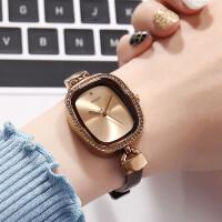 简洁复古表时尚女表水钻时装表皮带手表女