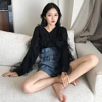 早春新款韩版长袖蕾丝拼接针织上衣女装百搭V领修身显瘦chic毛衣