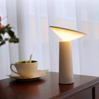 可调光充电台灯卧室床头简约现代节能led小夜灯插电喂奶婴儿睡眠