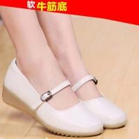 护士鞋白色女冬季新款韩版医院平底舒适坡跟舒适软底牛筋