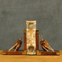 装饰品摆件创意客厅酒柜摆设家居饰品实木书挡工艺品复古书靠书立摆件