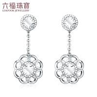 六福珠宝铂金耳钉波西米亚系列花纹PT950白金耳钉计价GCPTBE0007