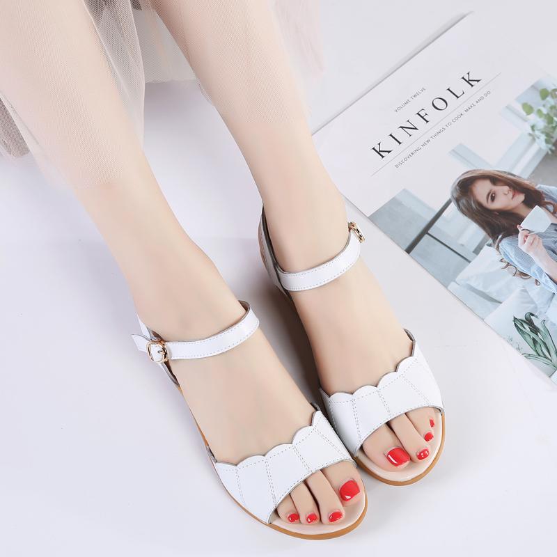 夏季新款韩版中跟平底防滑凉拖鞋女休闲扣带坡跟凉鞋女鞋