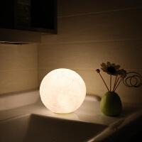 ��意3D打印月球�� USB充�月亮�襞呐挠|摸LED床�^�_��moon新奇特 生日�Y物 0.5瓦