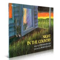 Night in the Country 乡间夜晚 Cynthia Rylant经典英文原版图画书 美国图书馆协会推荐