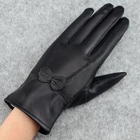 冬季保暖羊皮手套蝴蝶结女士手套加绒加厚户外防风皮手套