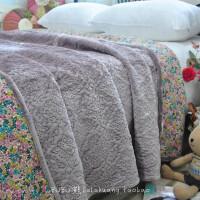 特惠出口韩式法兰绒毛毯子冬季床盖床单加厚暖大小双人床垫绗缝被