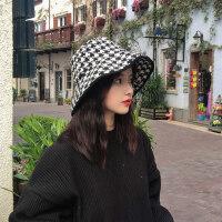 日本小众设计师款复古黑白色系千鸟格纹渔夫帽大檐帽子女秋冬百搭