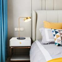 简约后现代艺术五金小台灯书桌设计师样板房创意床头卧室客厅台灯 五金小台灯