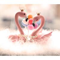【品牌特惠】火烈鸟摆件装饰车载汽车大工艺品粉色小摆件女可爱创意车内 +彩色气球