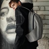 休闲背包双肩包男时尚潮流青年男士旅行包大容量电脑书包潮