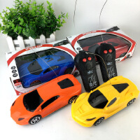 遥控车 儿童电动两通无线1:24跑车模型仿真二通小玩具车 随机发货
