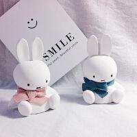 可爱小兔汽车小摆件通风口装饰米菲兔日式ins创意车载空调出口女