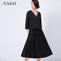 AMII[极简主义]秋冬新品轻运动风V领抽绳系带大码连衣裙11581317