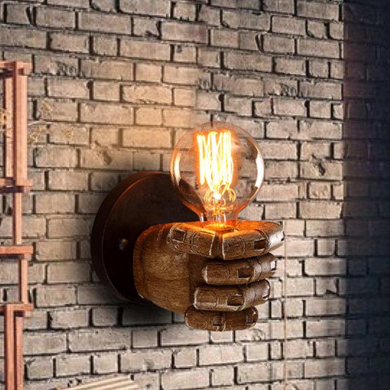 欧式拳头树脂艺术壁灯过道楼梯灯具复古工业风卧室壁灯床头灯 发货周期:一般在付款后2-90天左右发货,具体发货时间请以与客服协商的时间为准