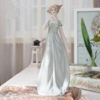 创意家居美女人物摆件客厅电视酒柜摆设软装饰工艺品结婚新婚礼物